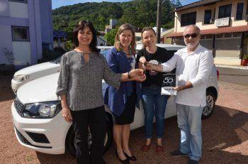 Saúde de Morro Reuter recebe novo veículo