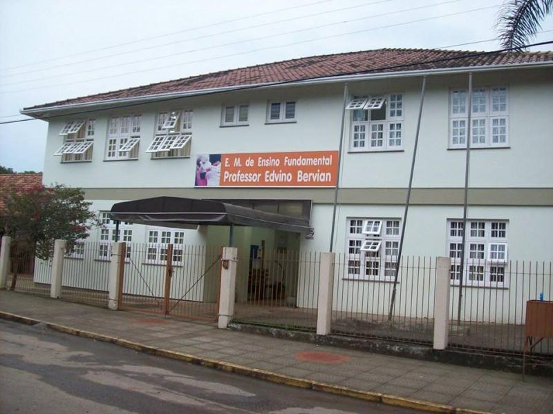 Escola Municipal de Ensino Fundamental Professor Edvino Bervian