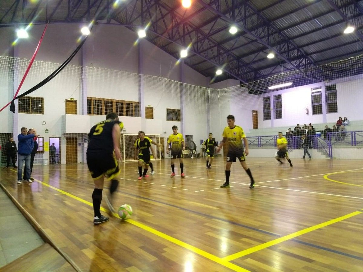 58b22bfe19 Hoje tem rodada do Municipal de futsal - 2ª Divisão - Morro Reuter
